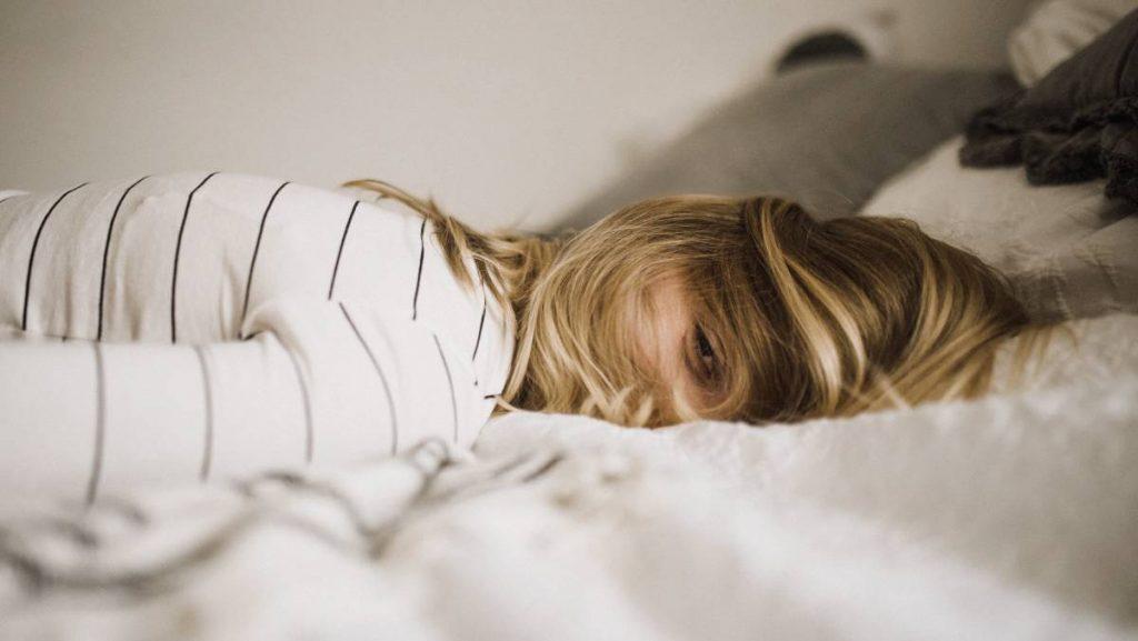 Troubles du sommeil : un effet secondaire du CBD